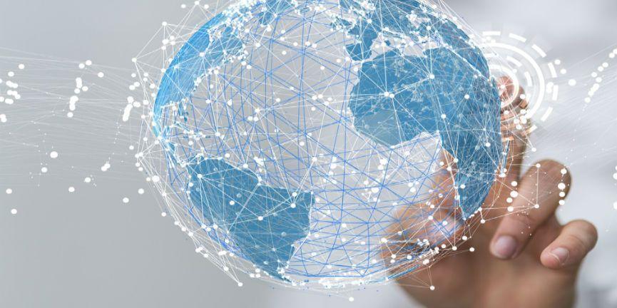 global connection cloud communication concept